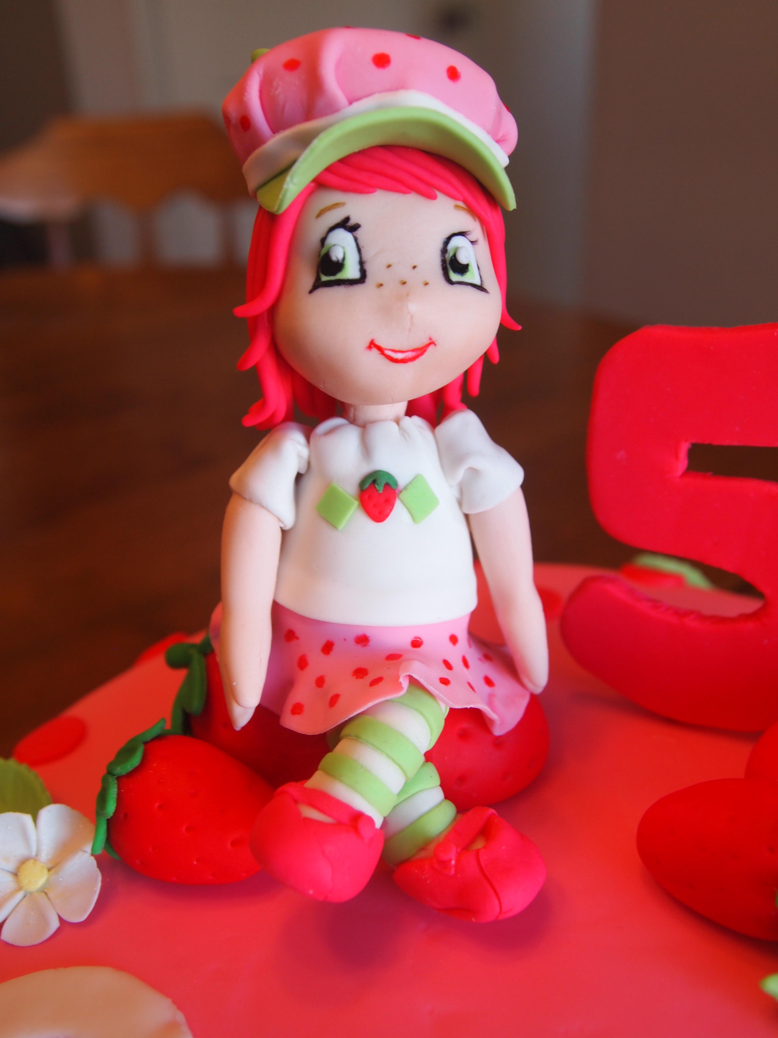Strawberry Shortcake Figurine
