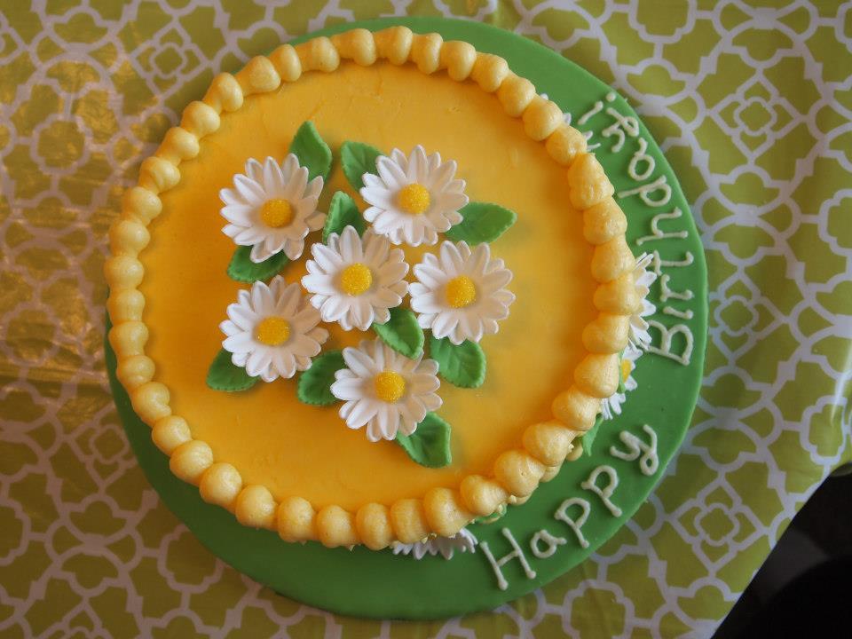 Daisy Cake 1