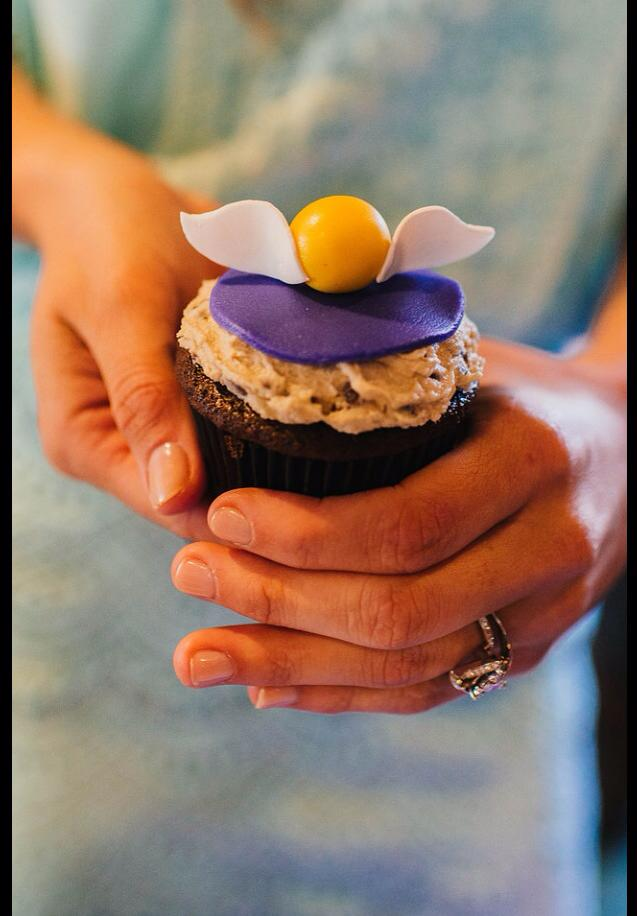 Golden Snitch Cupcake